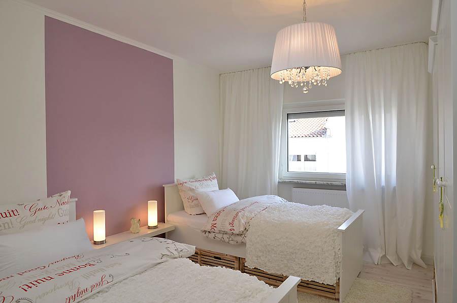 Schlafzimmer mit 2 Betten (Obergeschoss), Fewo Nessel in Haßloch/Pfalz